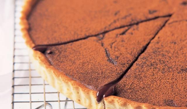 Jamie Oliver's Simple Chocolate Tart
