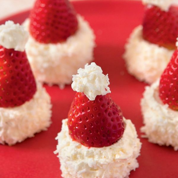 From Emma Marsden's Christmas on a Plate, this bake takes a simple sponge and turns it into a fun Santa Claus inspired recipe. Brilliant to make for kids!