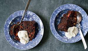 Traditional Christmas Pudding Recipe with Cream, Brandy & Nuts
