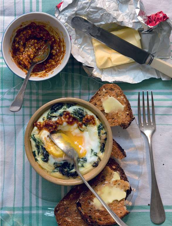Baked Eggs with Sumac, Spinach & Spring Onions