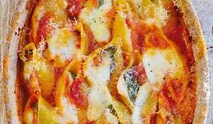 Baked Tomato & Cheese Conchiglioni