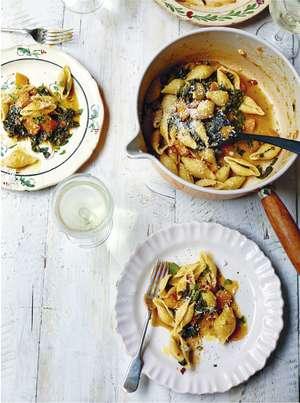 One-pan Creamy Squash Pasta | Quick Dinner Recipes