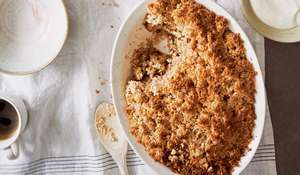 Coconut and Almond Pear Crumble | Vegan and Gluten Free