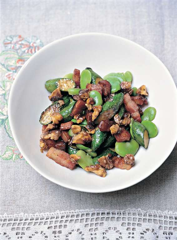 Broad Bean, Pancetta and Courgette Salad