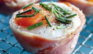 Egg, Bacon, Mushroom & Chive Cups