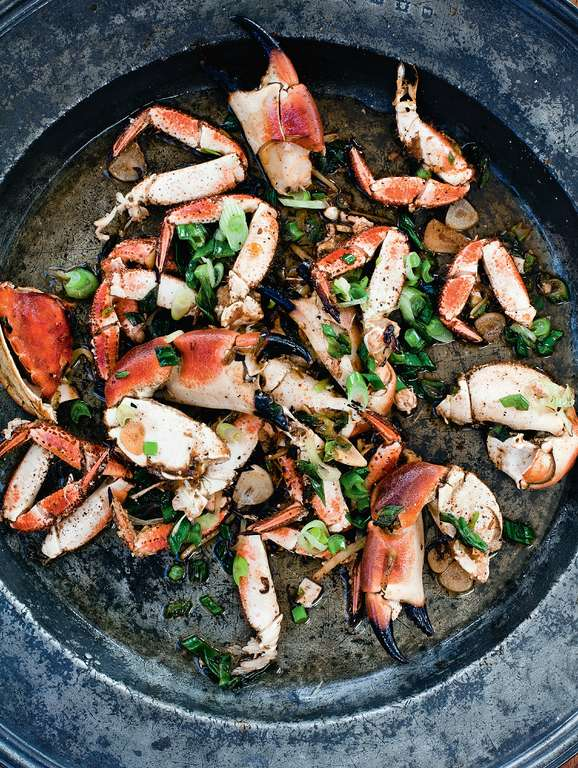 Stir-Fried Crab with Ginger and Spring Onions