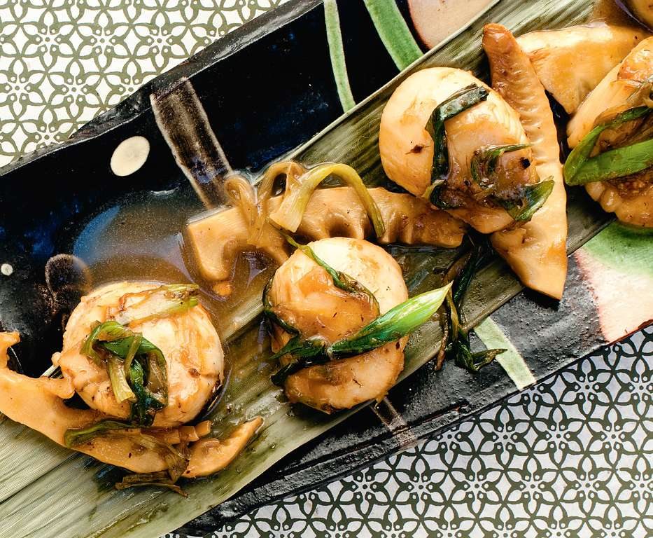 Smoky Hot Scallops with Bamboo Shoots and Spring Onions
