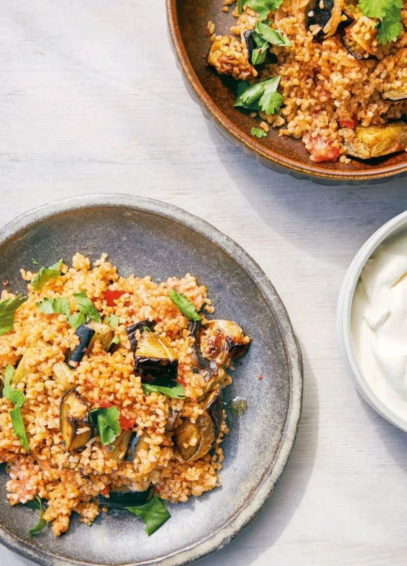 Vegan work from home lunches | bulgur aubergine pilaf