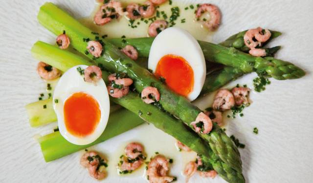 Green Asparagus With Soft Boiled Eggs And Brown Shrimps The Happy Foodie