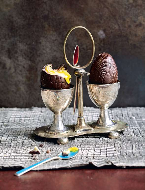 Fondant Filled Easter Eggs
