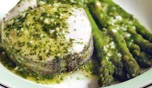 Hake in Green Sauce with Asparagus )merluza en salsa verde con espárragos)