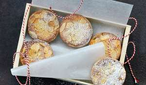 Frangipane Mince Pies Recipe for Christmas Eve | Xmas Baking Recipe