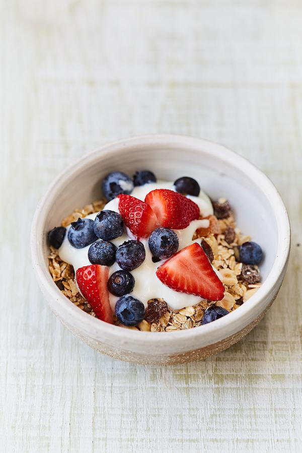 best oat breakfasts diy oaty fruit cereal jamie oliver