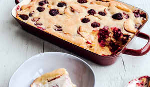 Blackberry and Apple Tray Bake