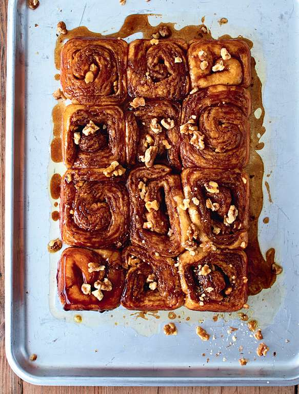 Sticky Honey Cinnamon Buns