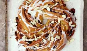 Paul's Apricot Couronne