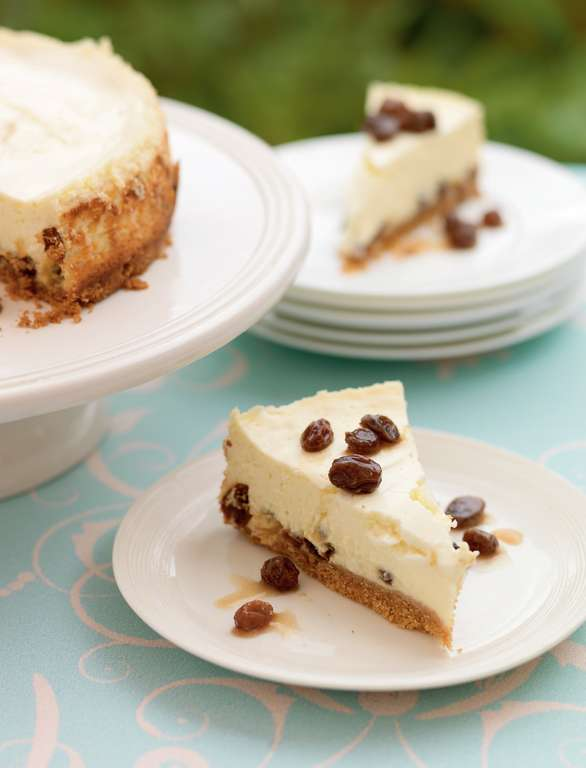 Rum and Raisin Baked Cheesecake