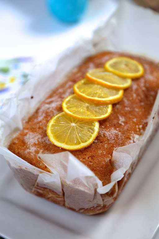 Lemon Gin & Tonic Cake