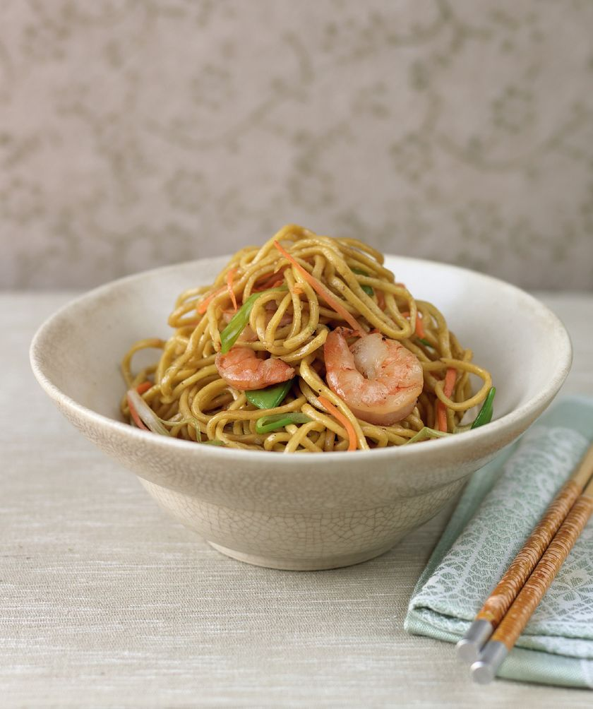 Easy Store Cupboard Noodle Recipes | Prawn Chow Mein
