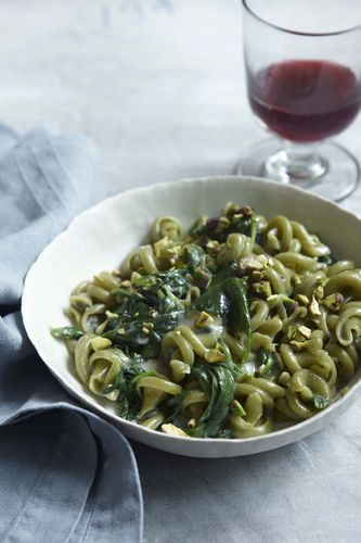 Green Pasta with Blue Cheese