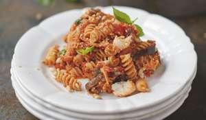 Happiness Pasta Sweet Tomato, Aubergine and Ricotta - Jamie Oliver Everyday Super Food