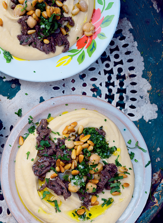 Hummus kawarma (lamb) with lemon sauce - The Happy Foodie