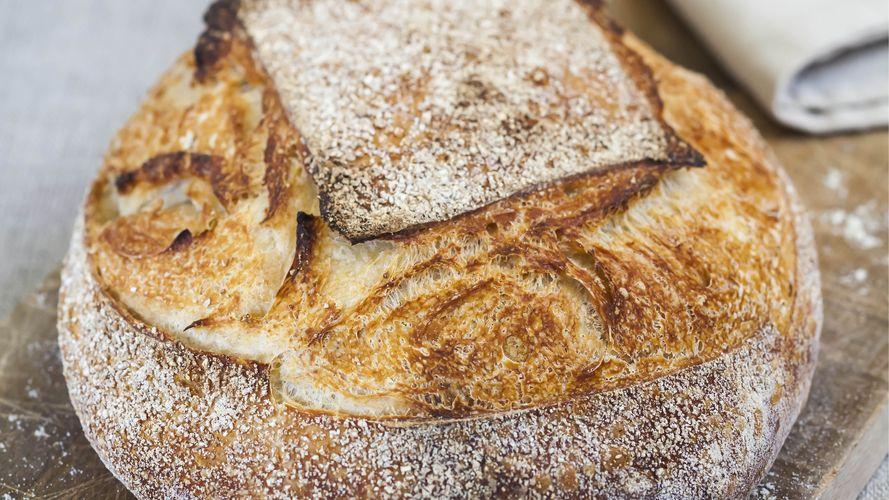 How to make Sourrdough Bread and starter