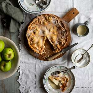 Irish Apple And Blackberry Tart | Pie Recipe