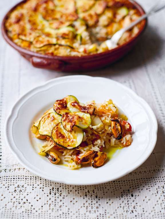 Jamie Oliver's Baked Tiella Rice with Mussels, Courgette, Cherry Tomatoes, White Wine and Parmesan