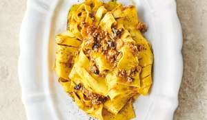 Jamie Oliver British Bolognese | Channel 4 Keep Cooking Family Favourites