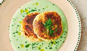 Jamie Oliver Cullen Skink Fishcakes | Channel 4 Keep Cooking Family Favourites