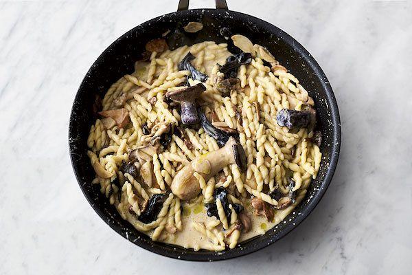 jamie oliver 5 ingredients garlic mushroom pasta
