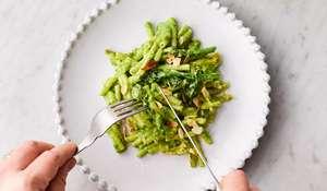 Jamie Oliver's Greens Mac'n'Cheese Recipe | Jamie's Meat Free Meals Channel 4