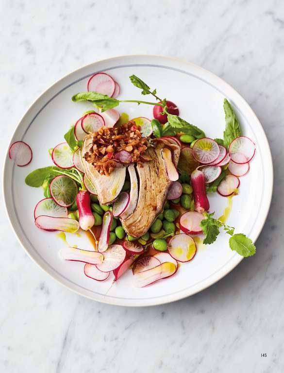 Asian Tuna Steak Salad