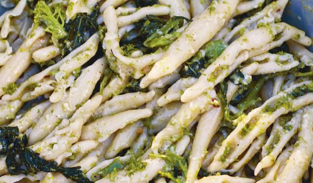 jamie oliver corteccia pesto pasta recipe | jamie cooks italy c4