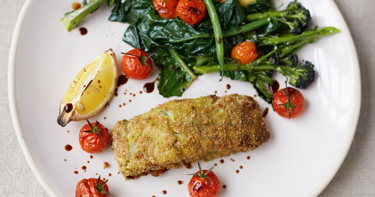 Crumbed pesto fish roasted cherry vines spuds and greens for Pesto fish recipes