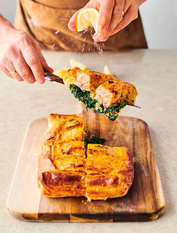 Jamie Oliver's Easy Salmon en Croute with Tasty Spinach, Baked Red Pesto Sauce and Lemon