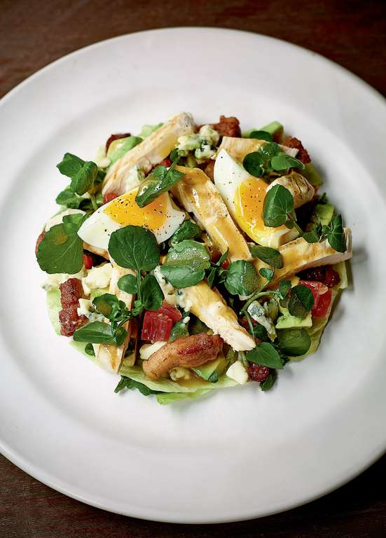 Chicken Cobb Salad (with Bacon Bits)