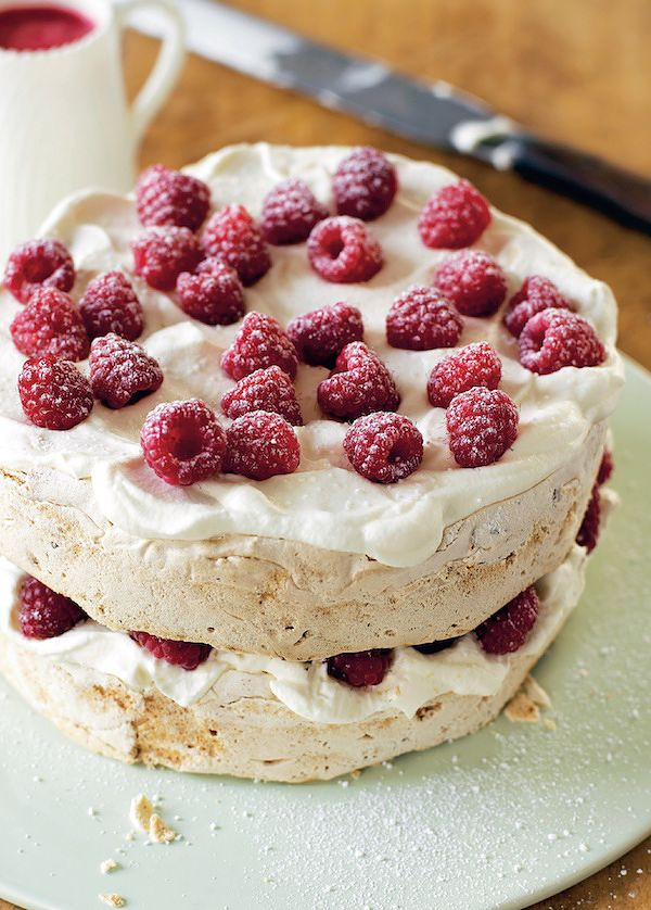 meringue dessert recipes hazelnut meringue cake mary berry