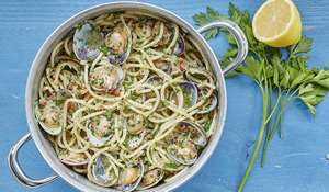 Mary Berry's Seafood Spaghetti alle Vongole Recipe | Quick Cooking BBC 2