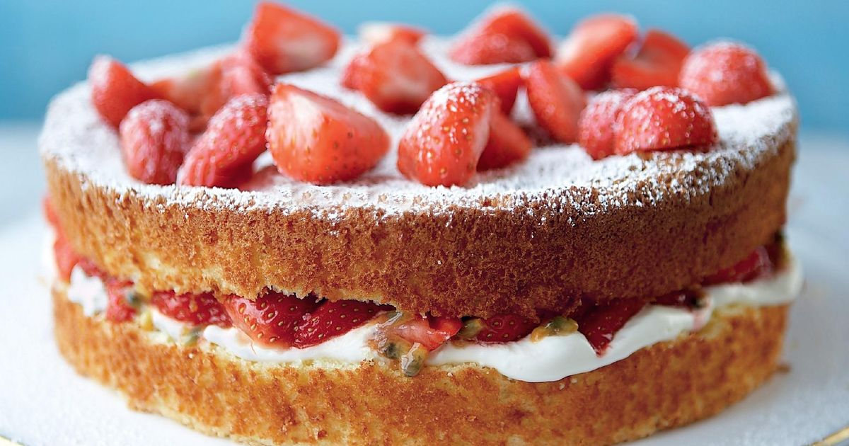 Mary Berry S Wimbledon Cake Recipe For Summer 2021