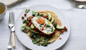 Melissa Hemsley's Fried Eggs, Avocado and Smoky Bean Tacos Recipe