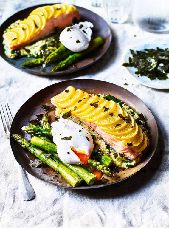 Baked Salmon with Crispy Seaweed, Poached Egg & Asparagus