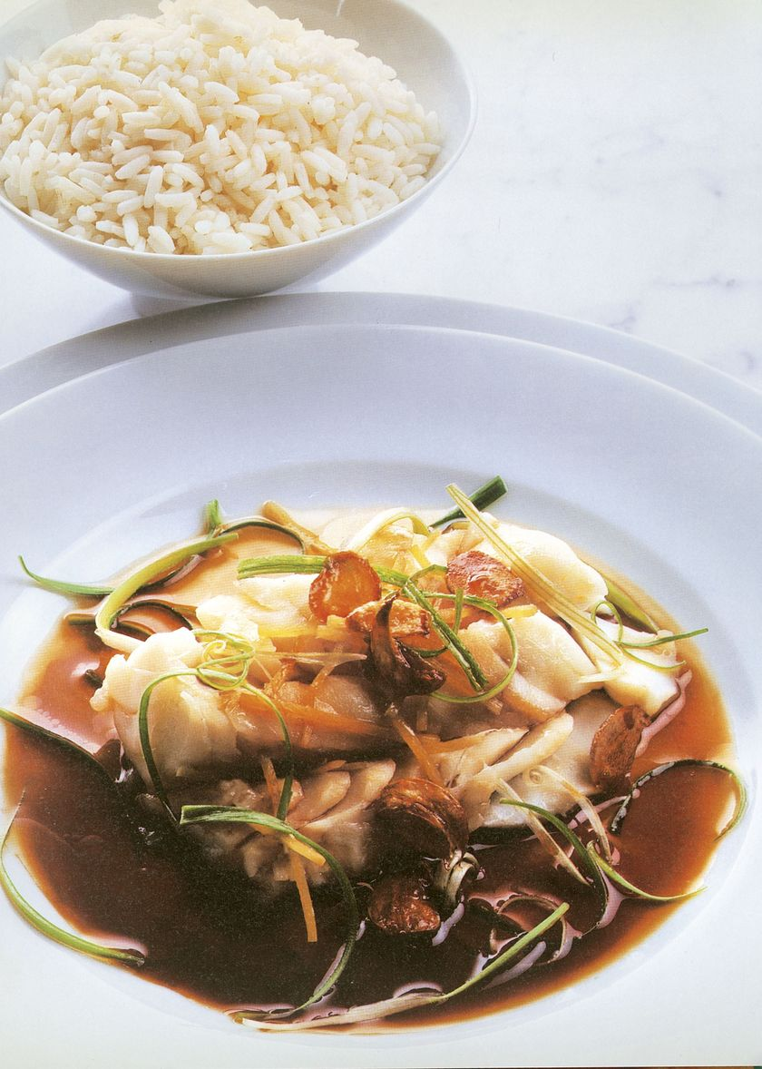 Ken Hom Authentic Chinese Steamed Fish Garlic Spring Onion