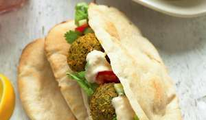 Falafel with Tahina Cream in Pitta