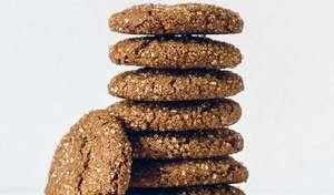 Chewy Molasses Spelt Cookies | Vegan Baking