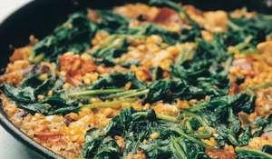 Paella De Cerdo Con Chorizo y Espinaca (Rice with Pork, Chorizo and Spinach)