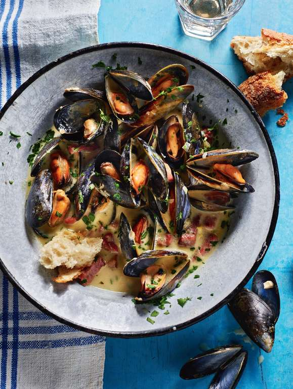 Rick Stein's Mussels with Poulette Sauce