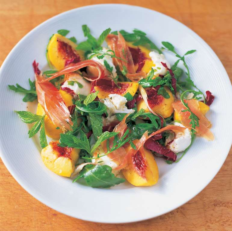 Mixed Leaf Salad with Mozzarella, Mint, Peach and Prosciutto
