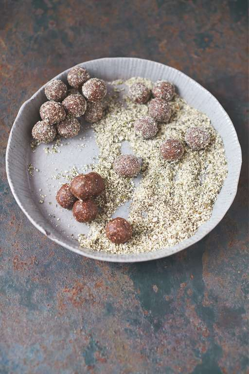 My Tasty Energy Balls, Date, Cocoa and Pumpkin Seed